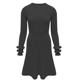 M5390 Ruffel sleeve dress black