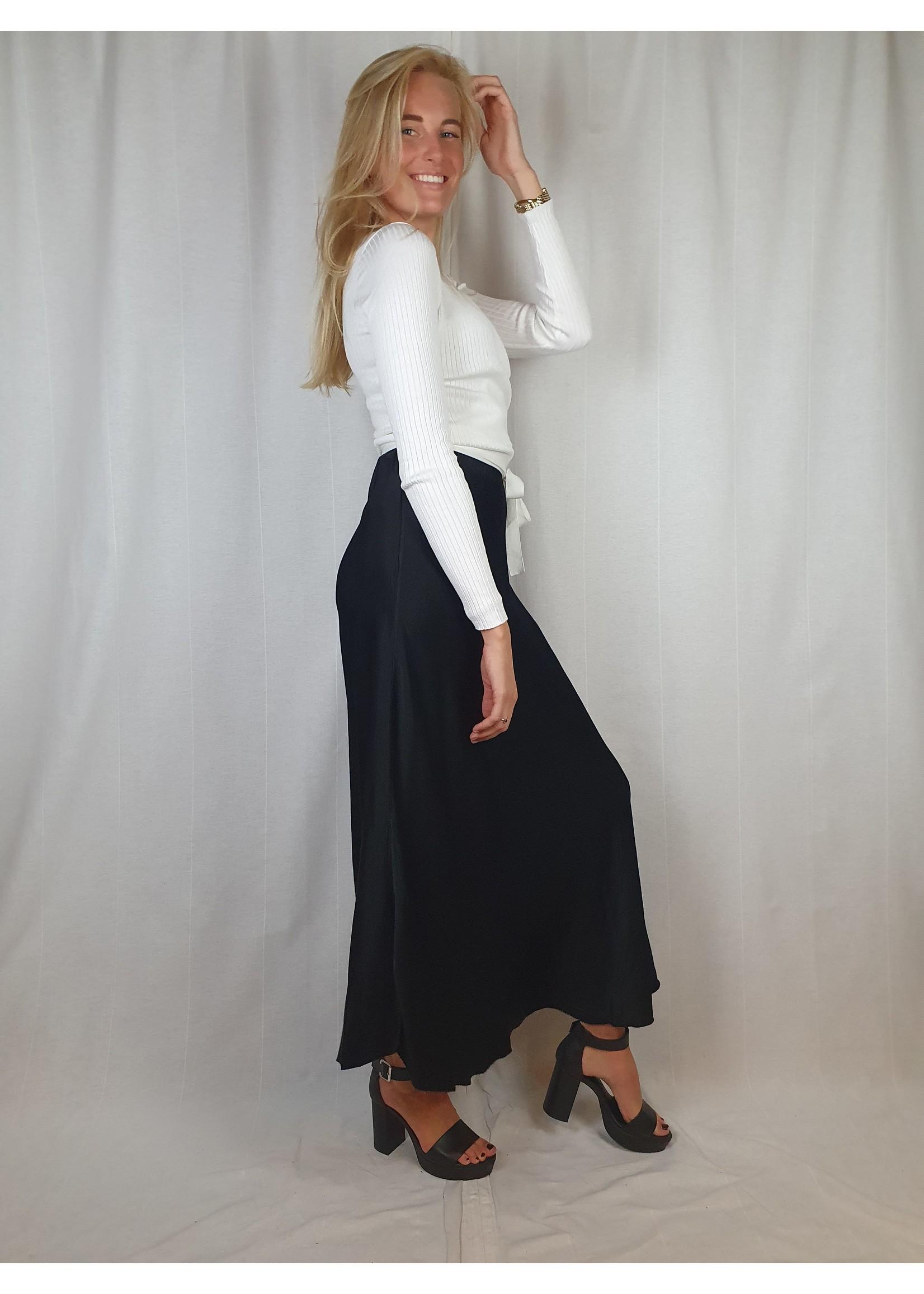 Ladybugs lange zwarte satin rok black Long satin skirt