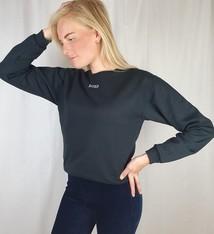 Pinned by K Zwarte sweater XOXO