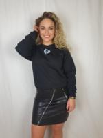 Pinned by K Oversized sweater zwart met kleine opdruk