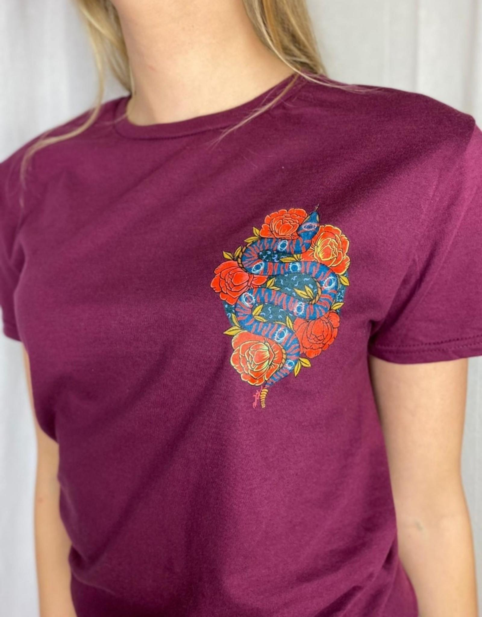 Pinned by K Bordo rode shirt met slang en bloemen print