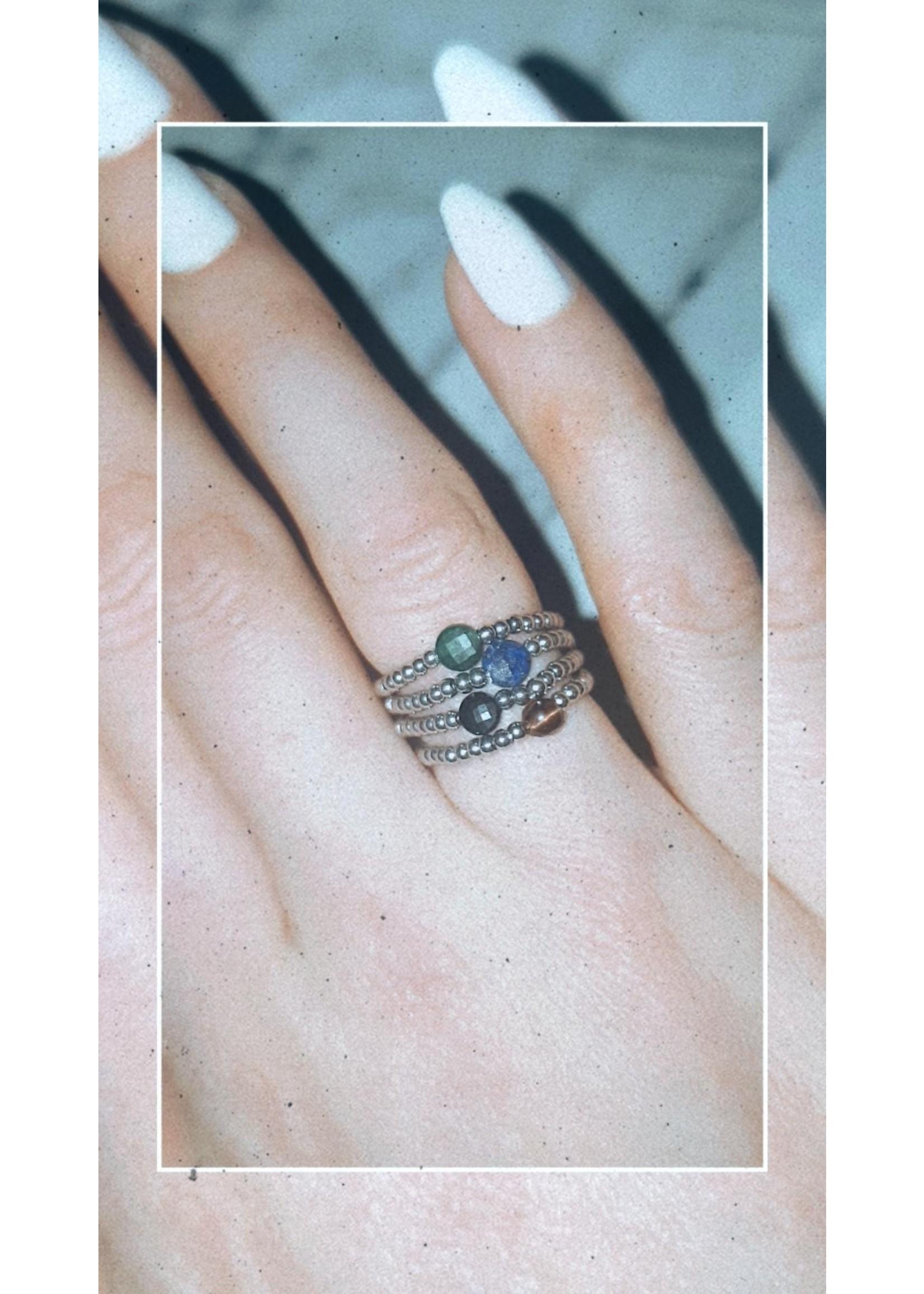 My Jewellery Ringetje van elastiek gekleurde steen ZILVER - BRUIN
