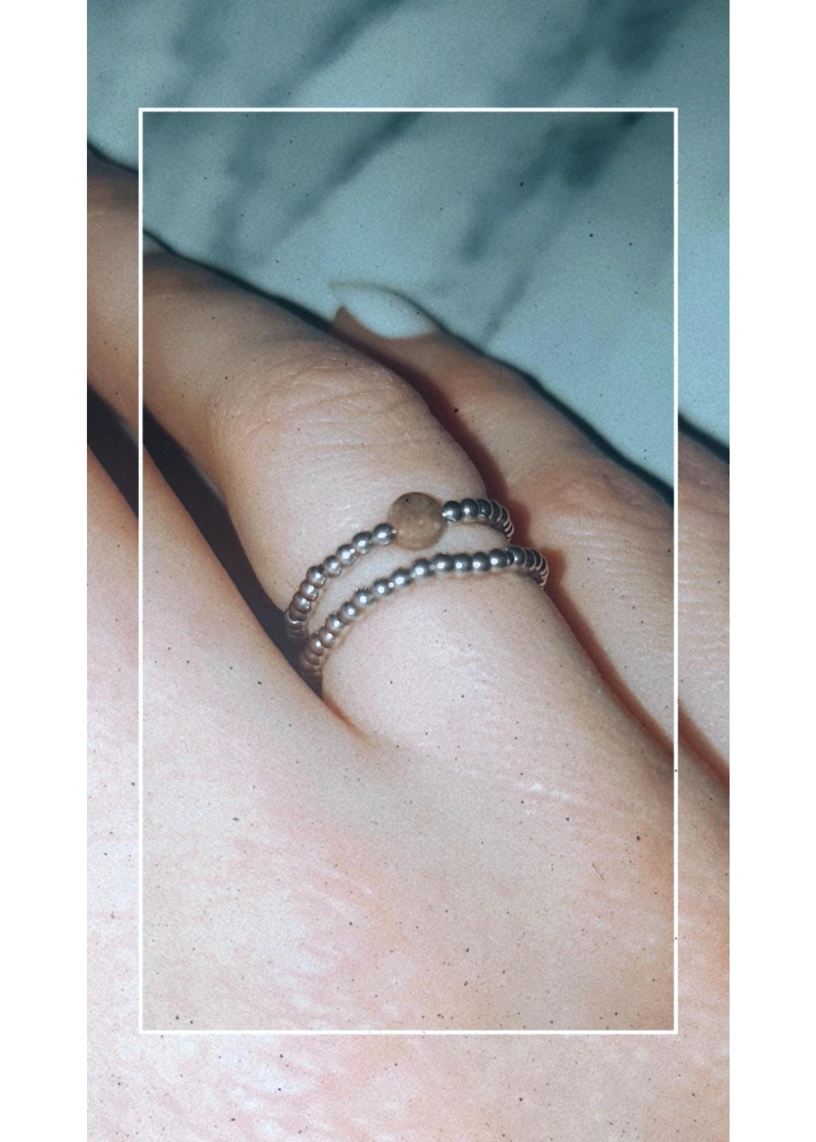 My Jewellery Ringetje van elastiek gekleurde steen ZILVER - TAUPE