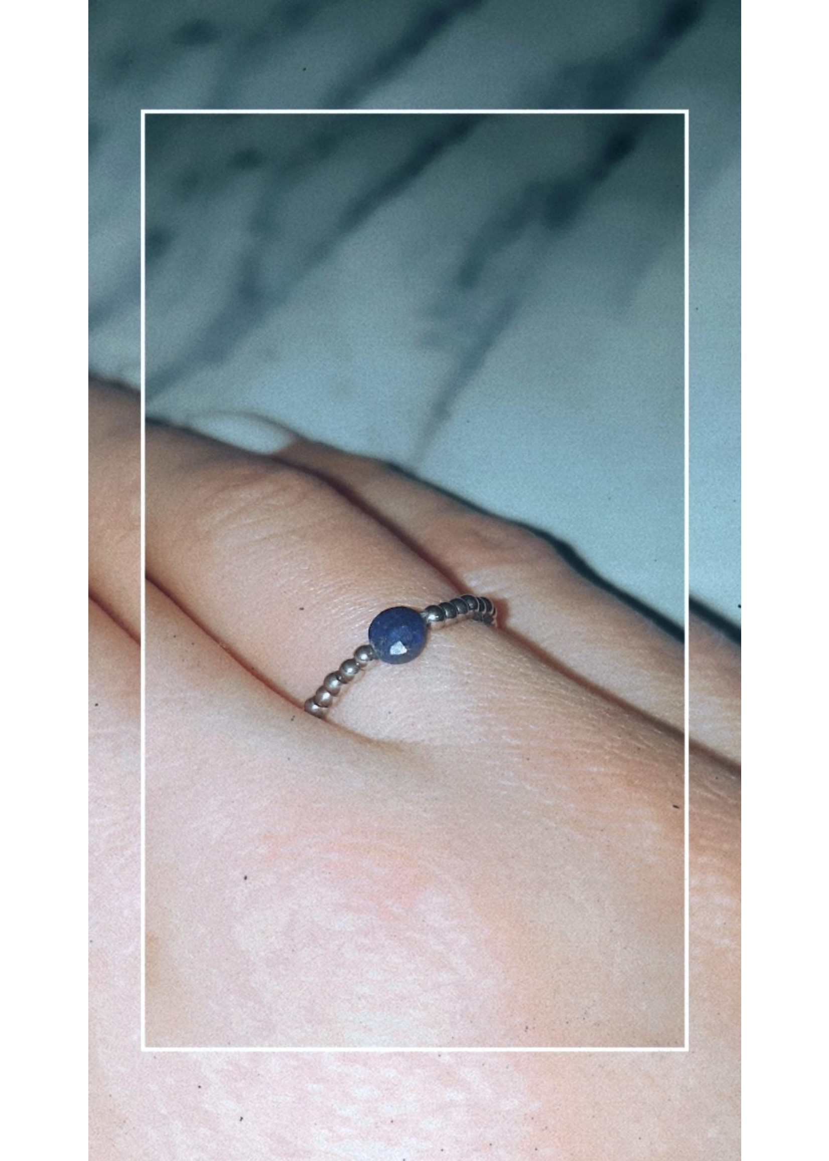 My Jewellery Ringetje van elastiek gekleurde steen ZILVER - BLAUW