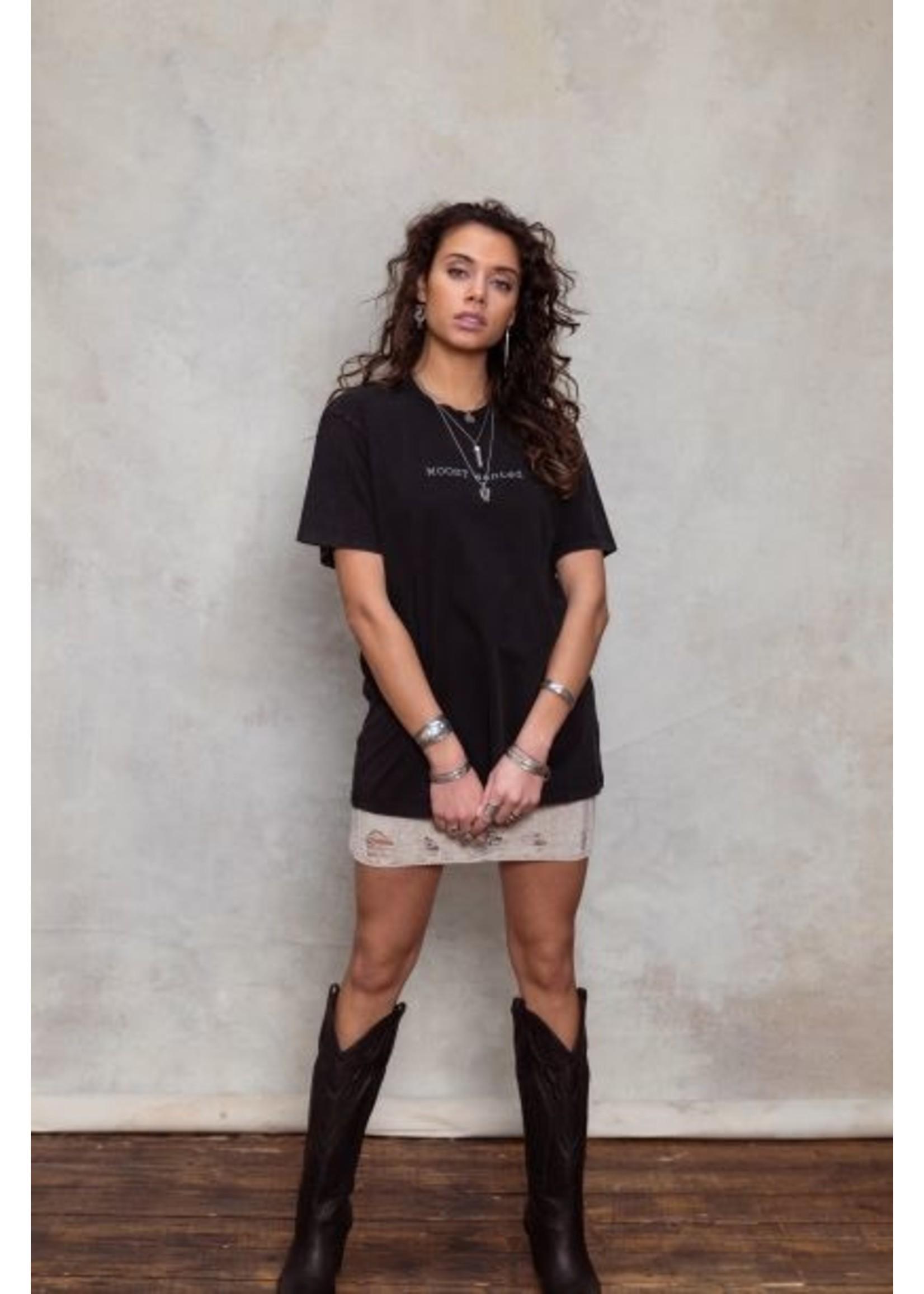 Moost Wanted Shirt met borduursel en branding oversized model WASHED BLACK