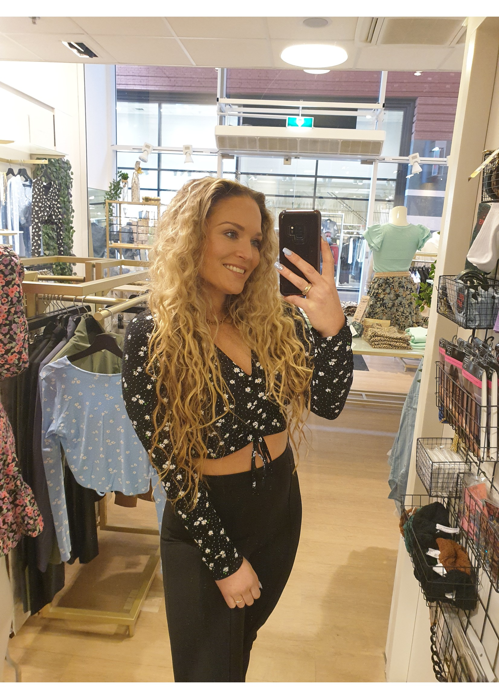 Cropped top Madelief ZWART