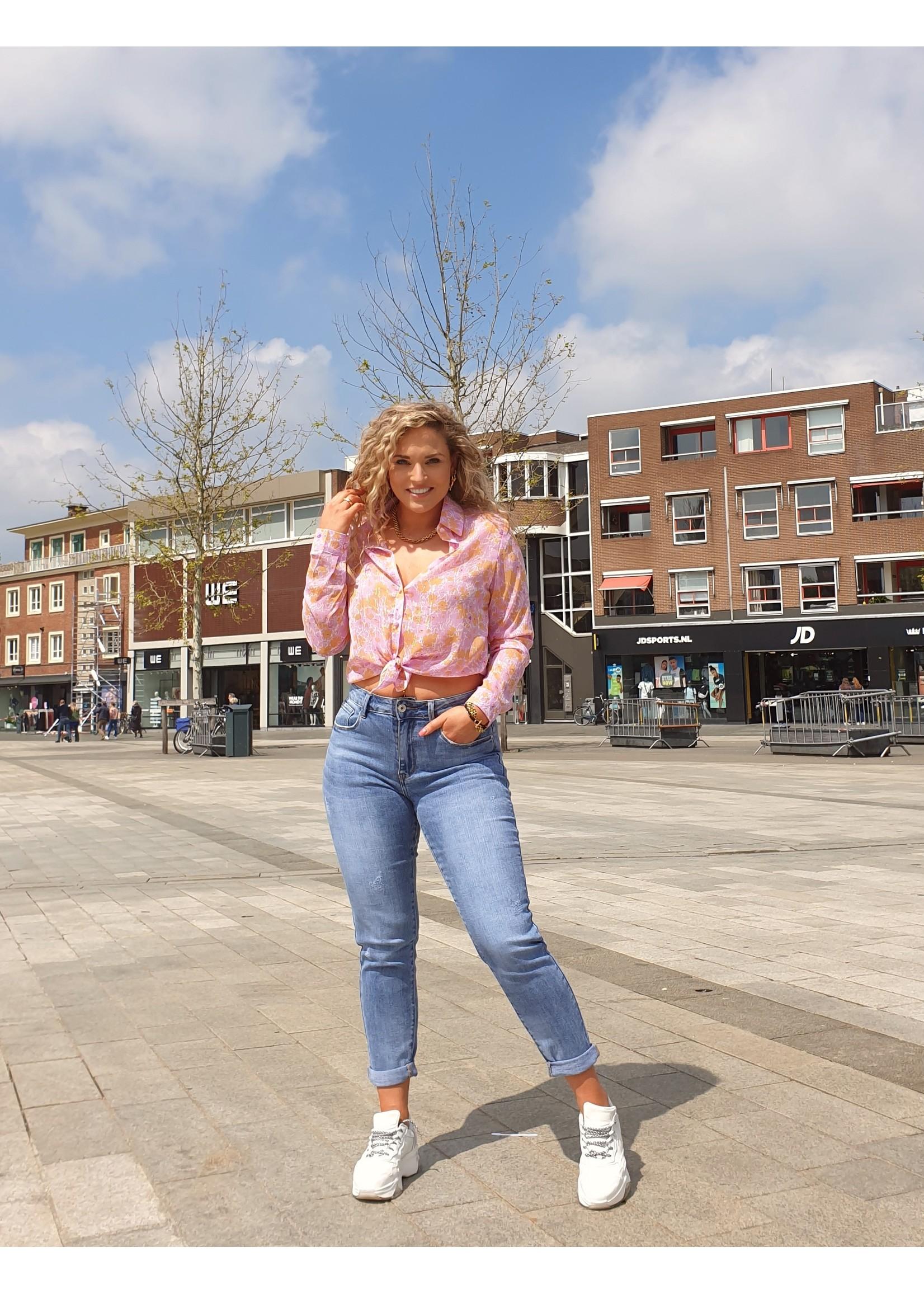 Ladybugs Mom jeans Stephanie