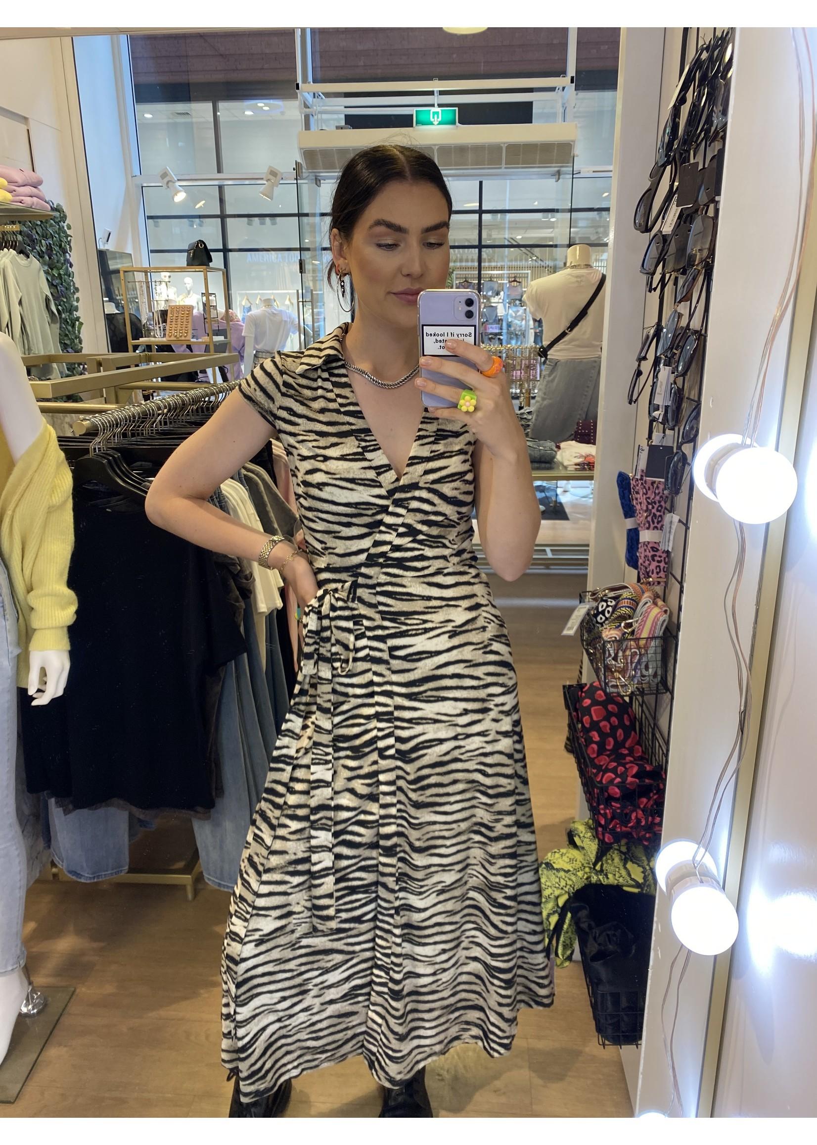 Ladybugs Wikkel jurk travel stof Diede TIJGER