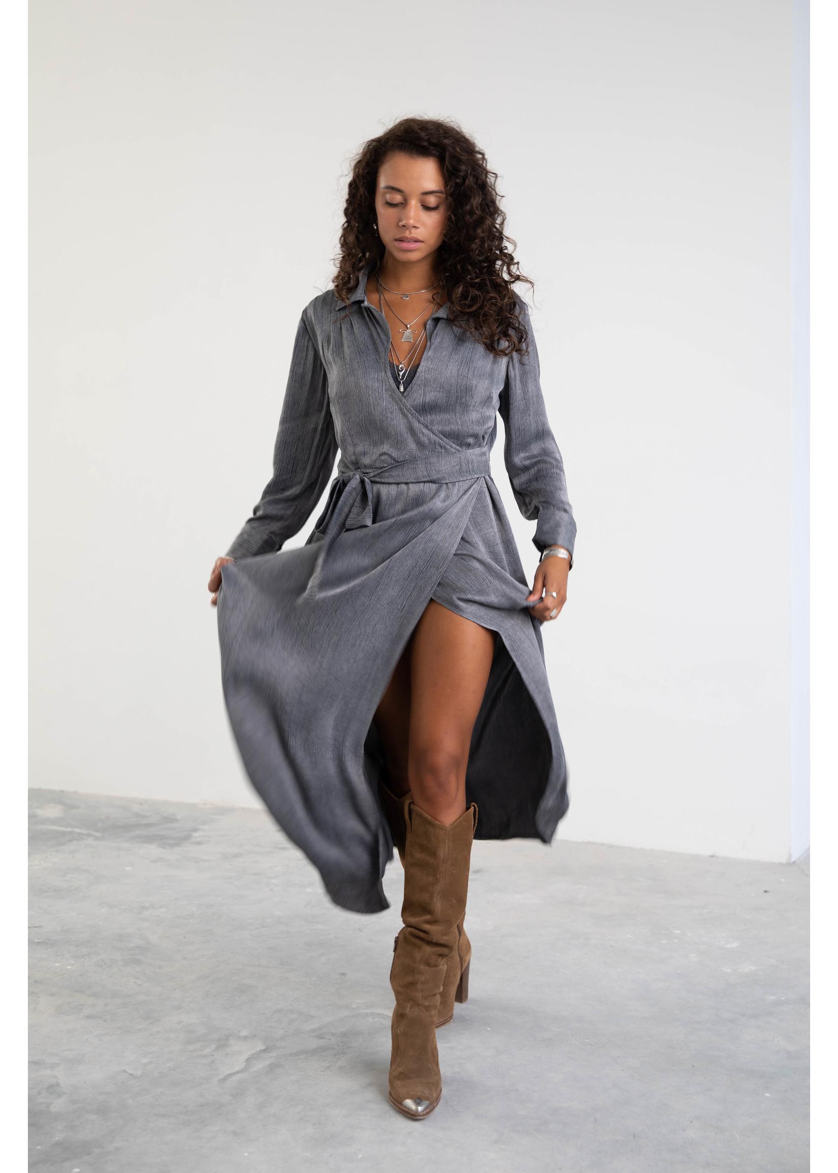 Moost Wanted Jade satin dress STONE GREY