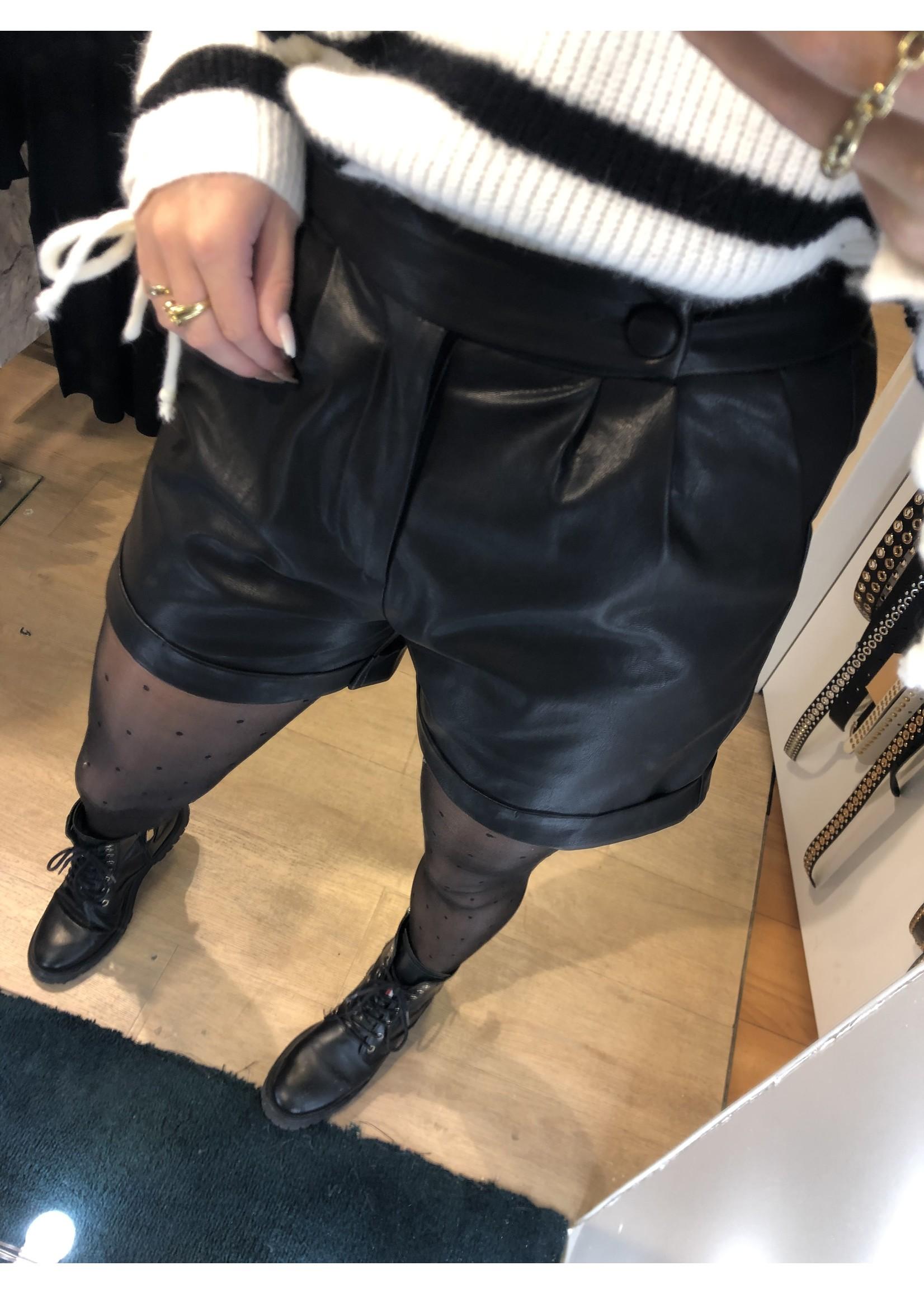 Ladybugs Leather short Sanne ZWART