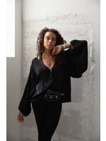 Moost Wanted Mystery Blouse BLACK