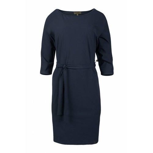 Zusss Zusss sjiek jurkje met ceintuur nachtblauw