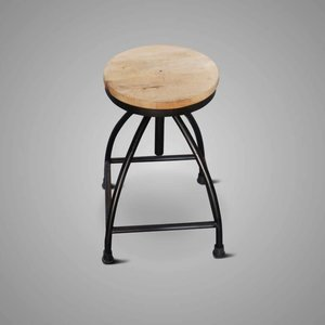 Brynxz Collections Brynxz iron chair wooden base