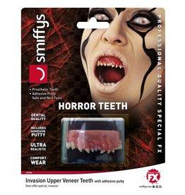 horror teeth invasion