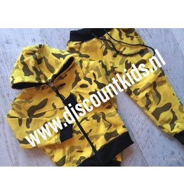 Leger Joggingsetje  (Zwart/geel )