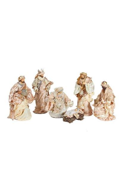 Weihnachtsgruppe, 6 Stück mit schönen Kleidern, 60 cm.