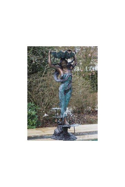 Bronzen Beelden: De Waterdraagster(Fontein)