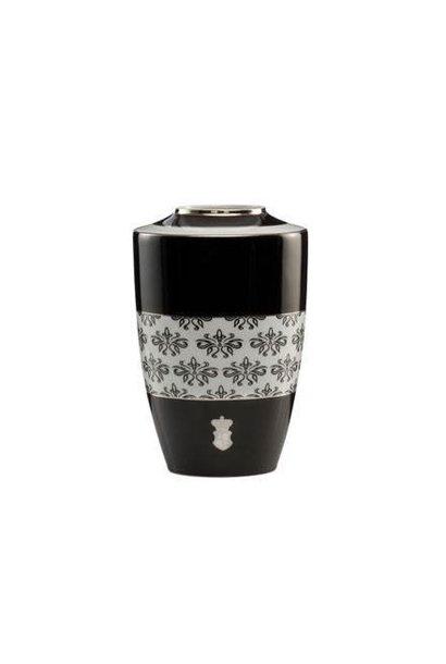 Black and White: Floral - Vase