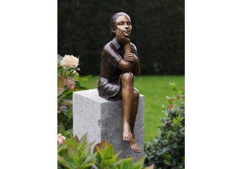 BronzArtes Bronzen Beeld: Denkend meisje