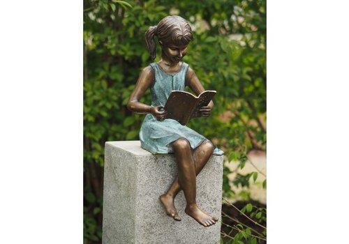 BronzArtes Bronzen Beeld: Meisje met boek