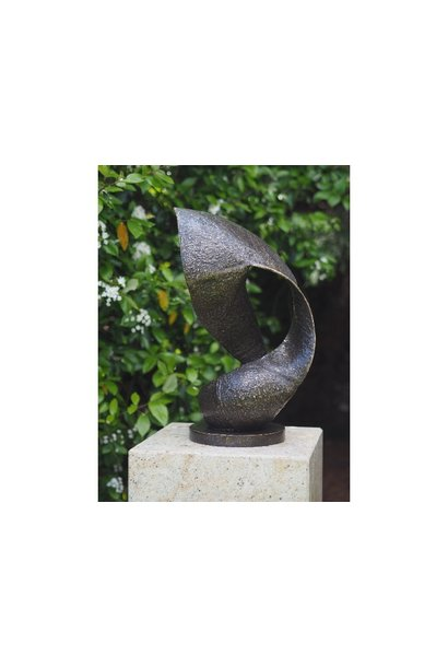 "Moderne Skulptur ""Welle"