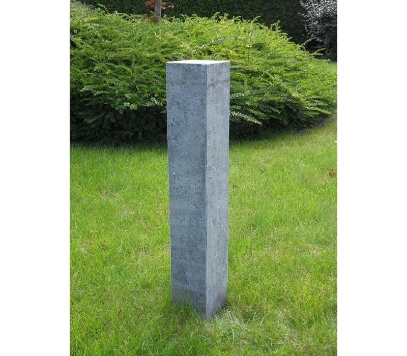 Sokkel: 90x15x15 cm