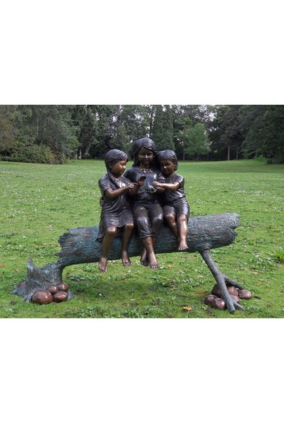 3 Tribe Girls