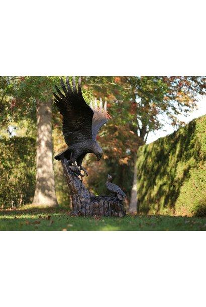 Adler mit Nest