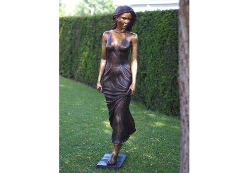 BronzArtes Standing woman
