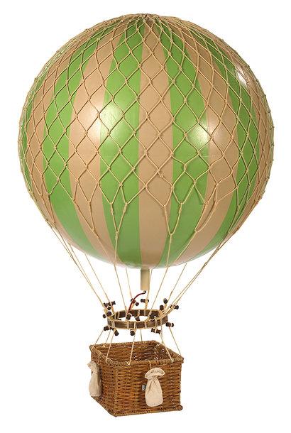 Jules Verne, True Green