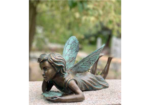 BronzArtes Fairy lying with clover leaf