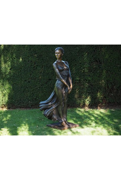 Bronze-Frau