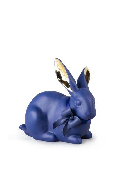 Aandachtig konijn