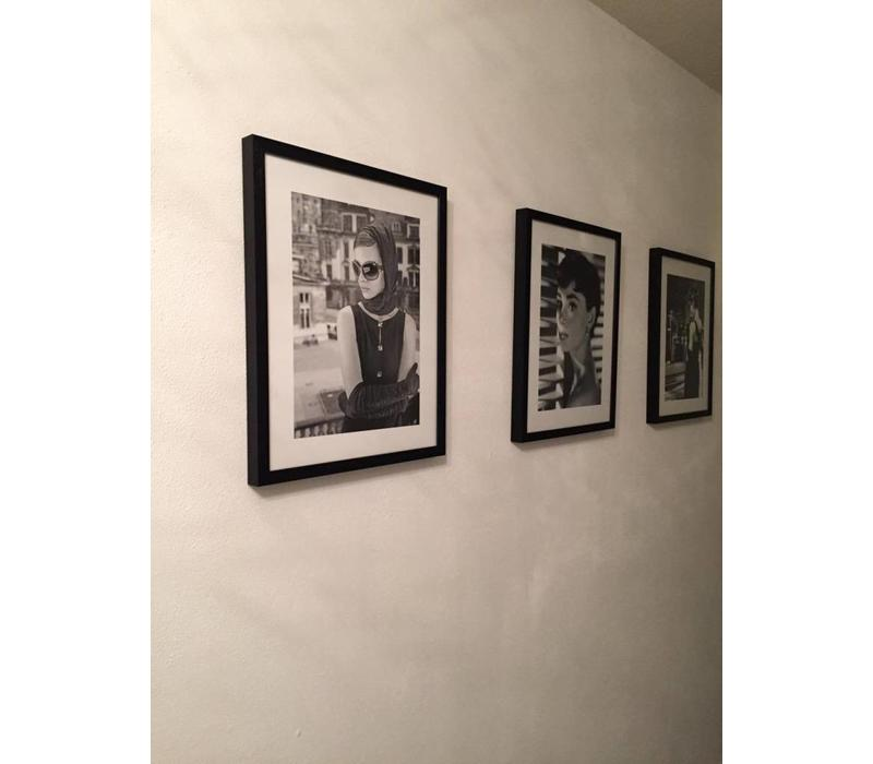 Fotolijst zwart frame - Audrey Hepburn voor etalage