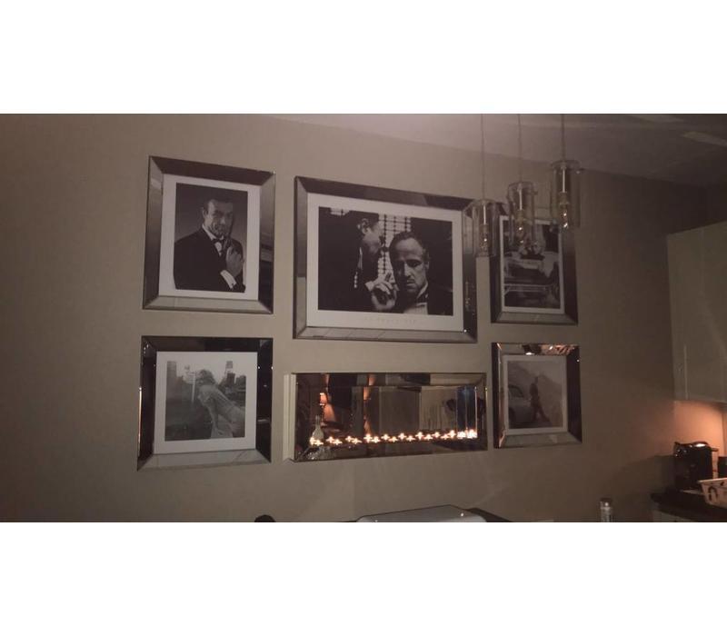 Set 5 fotolijsten met  sfeerhaard en posters