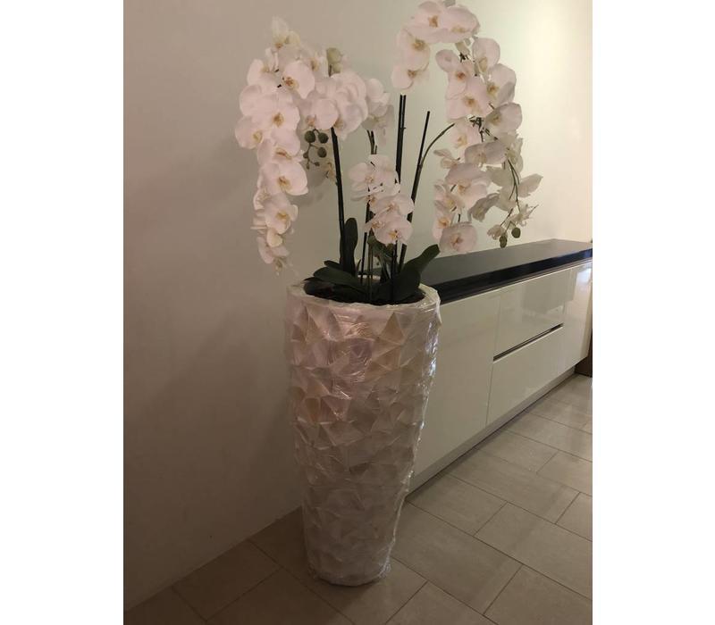 Schelpenvaas hoog - wit 100 cm  - met orchideeën