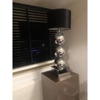Lamp met 3 bollen - vierkante voet - chroom