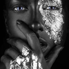 Aluminium Art - Kunstwerk -  Dark Skin Girl with Silver Foil Make Up