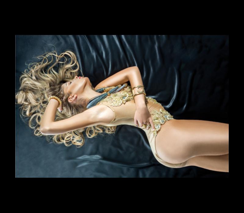 Aluminium Art - Pretty Blond Woman