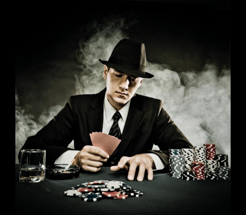 Aluminium Art -  Man Gambling