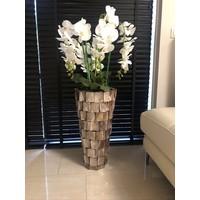 Schelpenvaas hoog - bruin 65 cm met orchideeën