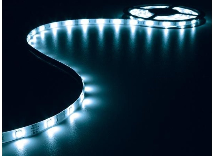 Vellight LEDS02B 150 LED's Strip 5 M en Voeding Blue