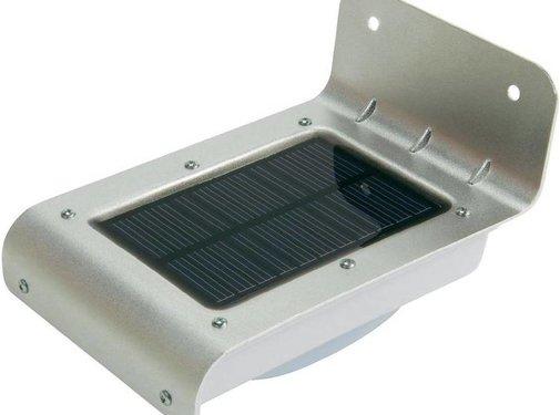 Xtorm Xtorm AG102 Solar Sense LED Buitenlamp Silver