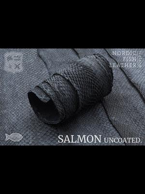 Nordic Fish Leather Visleder Zalm in de kleur Berg 987s (antraciet), niet gefinisht