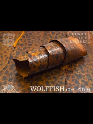 Nordic Fish Leather Gevlekte Zeewolf, gefinisht met zijdeglans (A17: Ýmir 857s)