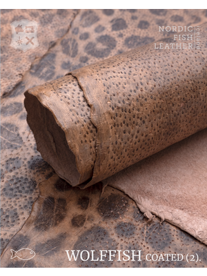 Nordic Fish Leather Gevlekte Zeewolf, gefinisht met zijdeglans (X16: Embla 846s)