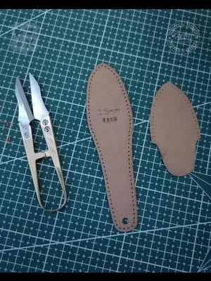 Kevin Lee Tools Metalen Garen schaar  (Brass thread-clips, scissors)