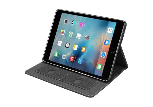 Just in Case Apple iPad 9.7 (2017 / 2018) Luxury Protective Case (Black)