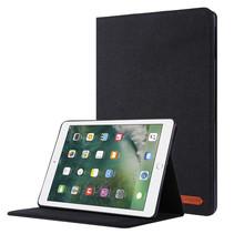 iPad 9.7 (2017/2018) hoes - Book Case met Soft TPU houder - Zwart