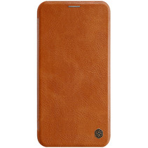 Apple iPhone 12 / 12 Pro Hoesje - Qin Leather Case - Flip Cover - Bruin